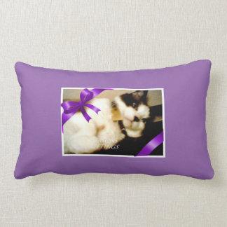 snowshoe seasons greetings kitty throw pillow