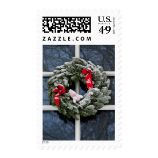 Snowy christmas wreath stamps