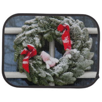 Snowy christmas wreath car mat