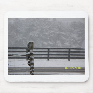 snowy day fence mouse pad