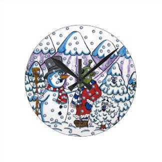 Snowy meets Martin Round Clock