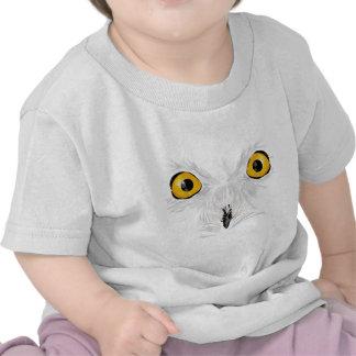 Snowy owl staring tee shirt