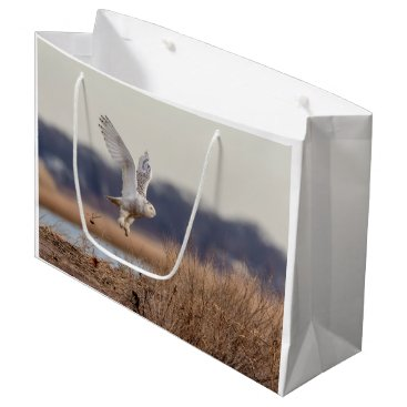 Beach Themed Snowy owl taking off large gift bag
