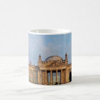 Snowy Reichstag_001.02 (Reichstag im Schnee) Coffee Mug