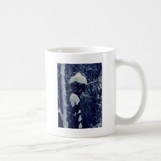 Snowy Streetlight Coffee Mug