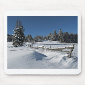 Snowy Winter Scene Mouse Pad
