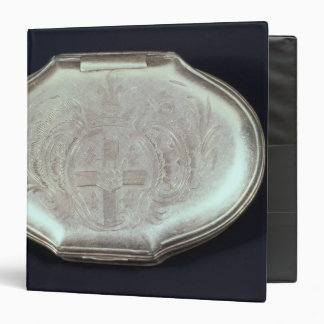 Snuff box embossed with a coat of arms, c.1820 binder