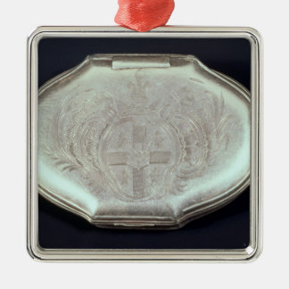 Snuff box embossed with a coat of arms, c.1820 metal ornament