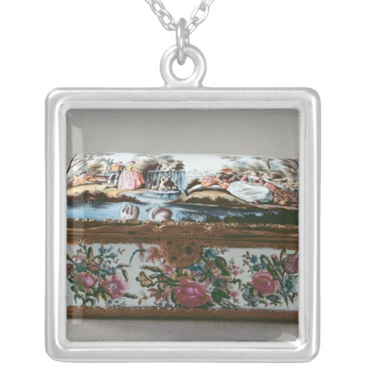 Snuffbox, c.1750 silver plated necklace