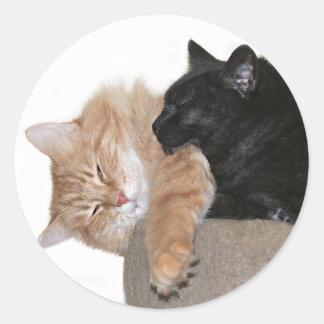 Snuggle buddies classic round sticker