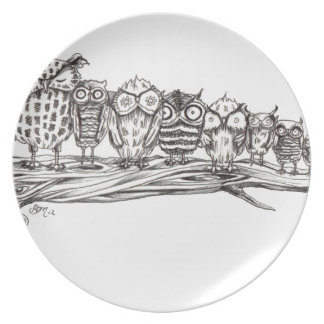 So Many Owls Party Plate