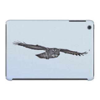 Soaring Great Grey Owl Wildlife Photo iPad Mini Retina Cover