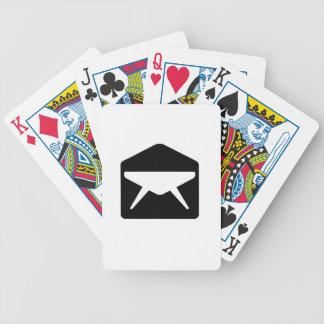 Sobre abierto barajas de cartas