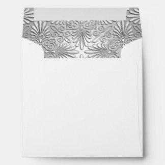 Sobre blanco de plata de la suposición del damasco