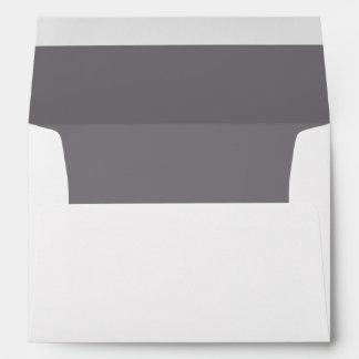 Sobre blanco, gris alineado