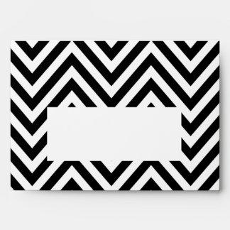 Sobre blanco negro de la impresión A7 del zigzag d