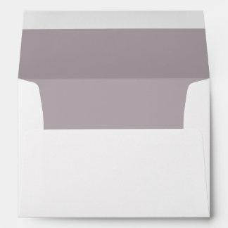 Sobre blanco, trazador de líneas púrpura Amethyst