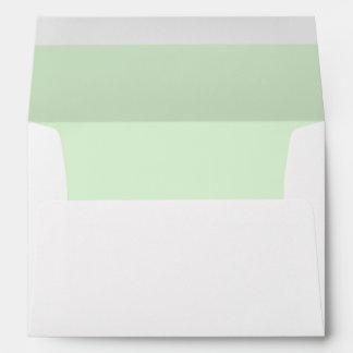 Sobre blanco, verde menta alineada