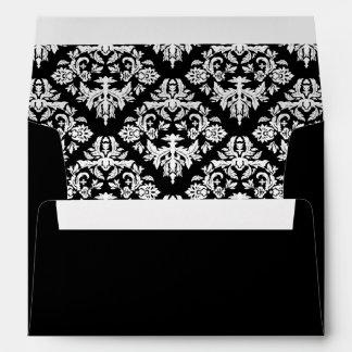 Sobre blanco y negro del damasco