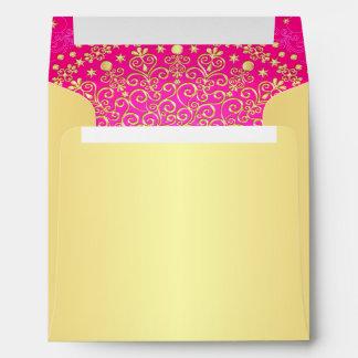 Sobre cuadrado de las volutas doradas y rosadas