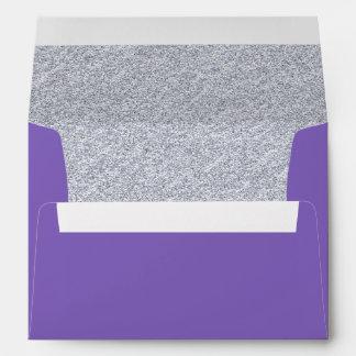 Sobre de encargo púrpura y de plata elegante