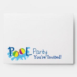Sobre de la invitación de la fiesta en la piscina