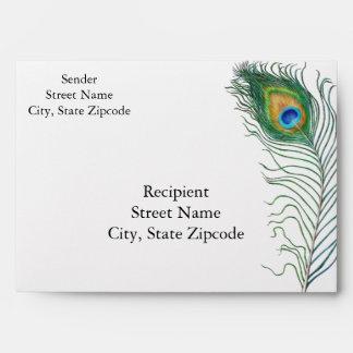 Sobre de la invitación del boda del pavo real