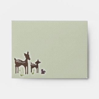 Sobre de los ciervos de la mamá y del bebé