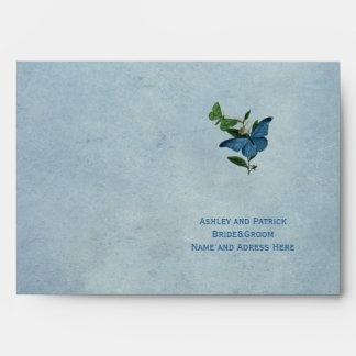 Sobre del boda del jardín de la mariposa