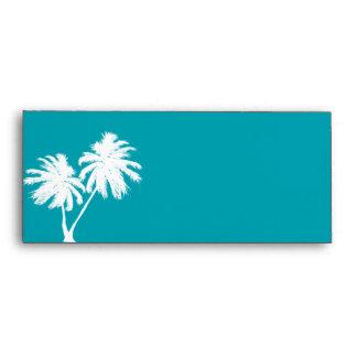 Sobre del trullo con las palmeras