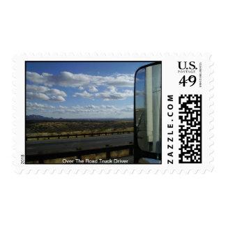 Sobre el conductor de camión del camino timbre postal