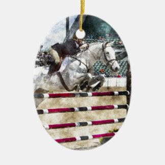 Sobre el salto fácil de la demostración del puente adorno navideño ovalado de cerámica