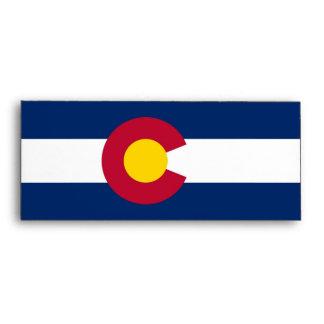 Sobre elegante con la bandera de Colorado