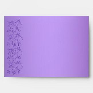"""Sobre floral púrpura y blanco para 5"""""""" tamaños x7"""