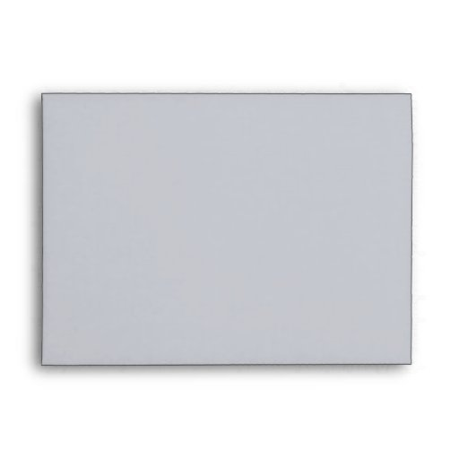 Sobre gris plateado pintado de la tarjeta de los p