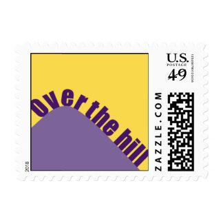 Sobre la colina púrpura sello