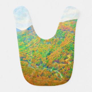 Sobre las montañas baberos para bebé