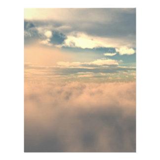 Sobre las nubes membrete a diseño