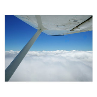 Sobre las nubes postal