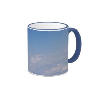 sobre las nubes taza de dos colores