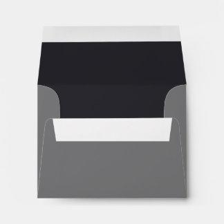 Sobre negro y gris con seña preimpresa de encargo