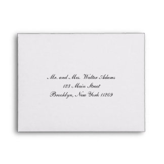 Sobre para la invitación del boda de la tarjeta de