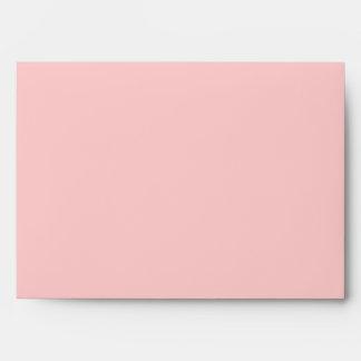Sobre rosado de la tarjeta de felicitación del art