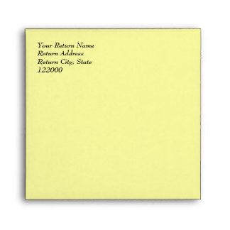 Sobre simplemente amarillo 5.5x5.5 de la invitació