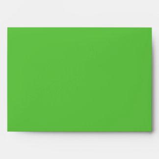 Sobre verde claro con la aleta interna del trébol