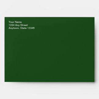 Sobre verde dirigido de la tarjeta de Navidad de l