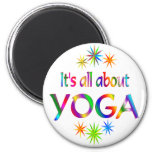 Sobre yoga iman de frigorífico