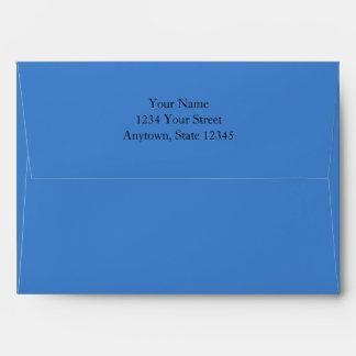 Sobres azules medios de la tarjeta de la invitació