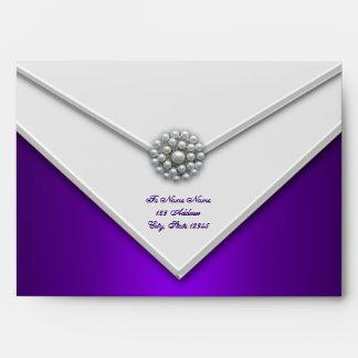 Sobres blancos púrpuras de la púrpura de la perla