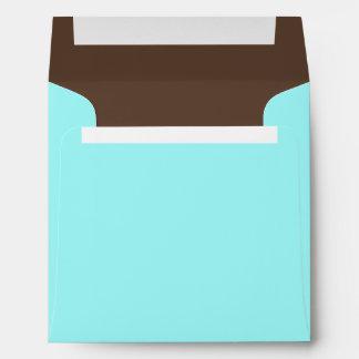 Sobres combinados cuadrados del azul y del color